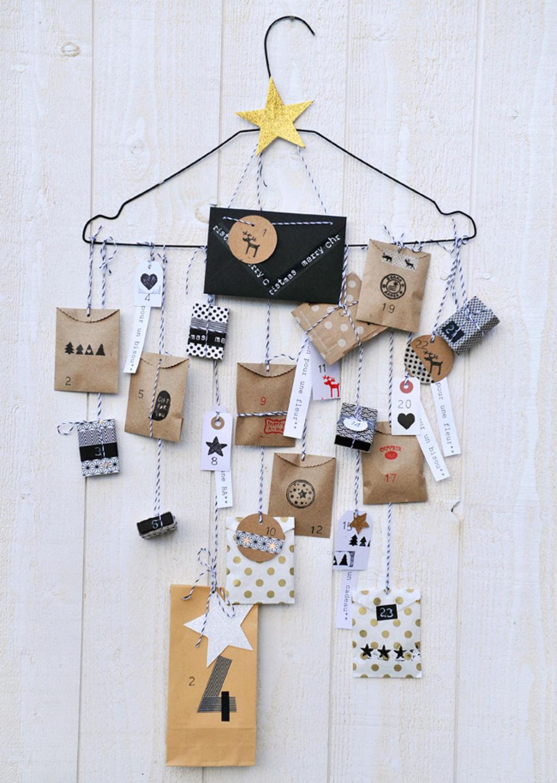 Calendrier de l'avent cintre - Advent calendar