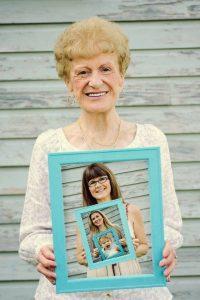 Photo de famille, cadeau de Noël pour grand-mère, arbre généalogique, photos